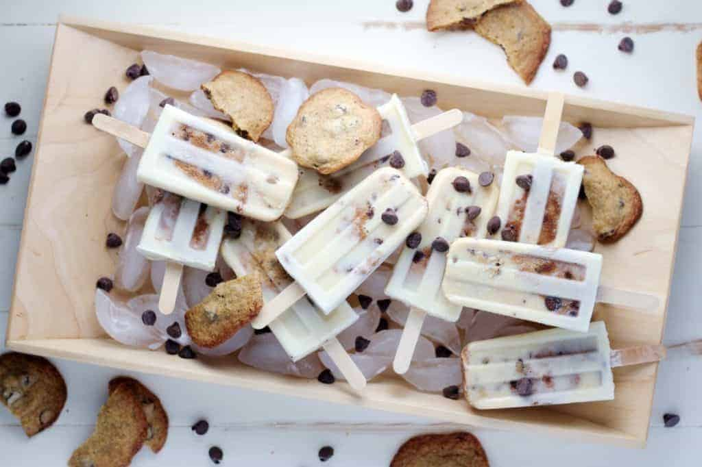 Chocolate Chip Cookies and Cream Popsicles