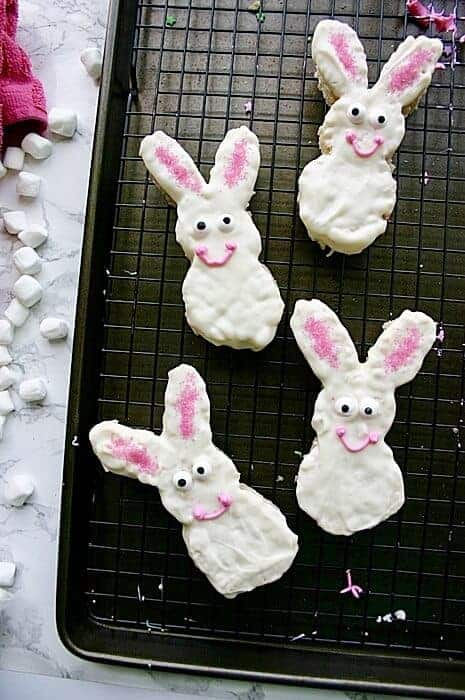 Easter bunny rice krispies treats