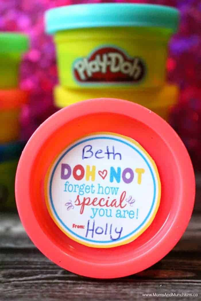 Free Play-Doh Valentine Tags - Moms & Munchkins