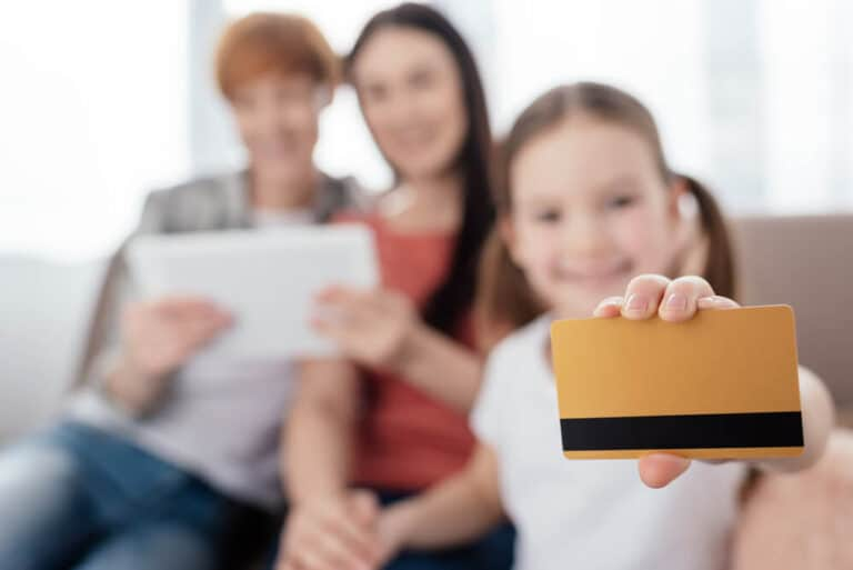 Debit Cards for Kids – I Got a Debit Card when I Turned 13 and my Kids will, too!