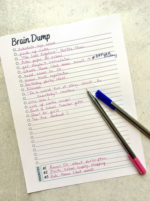 to do list written on a brain dump worksheet