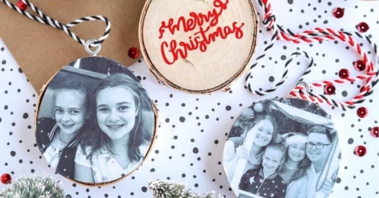 DIY Wood Slice Photo Ornaments – Easy DIY Christmas Gifts!
