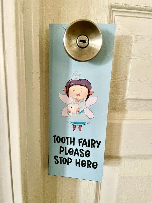 printable tooth fairy please stop here door sign