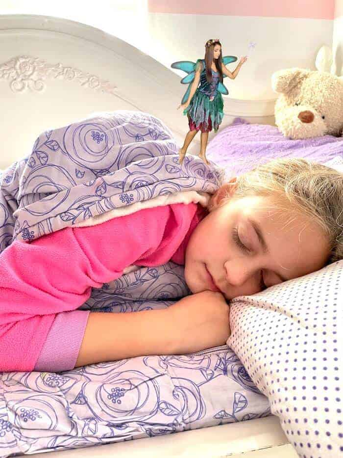 tooth fairy image with little girl sleeping