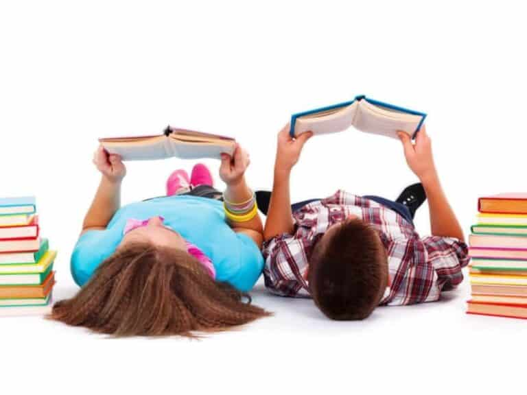 How to Get Your Kids to Read More Over the Summer